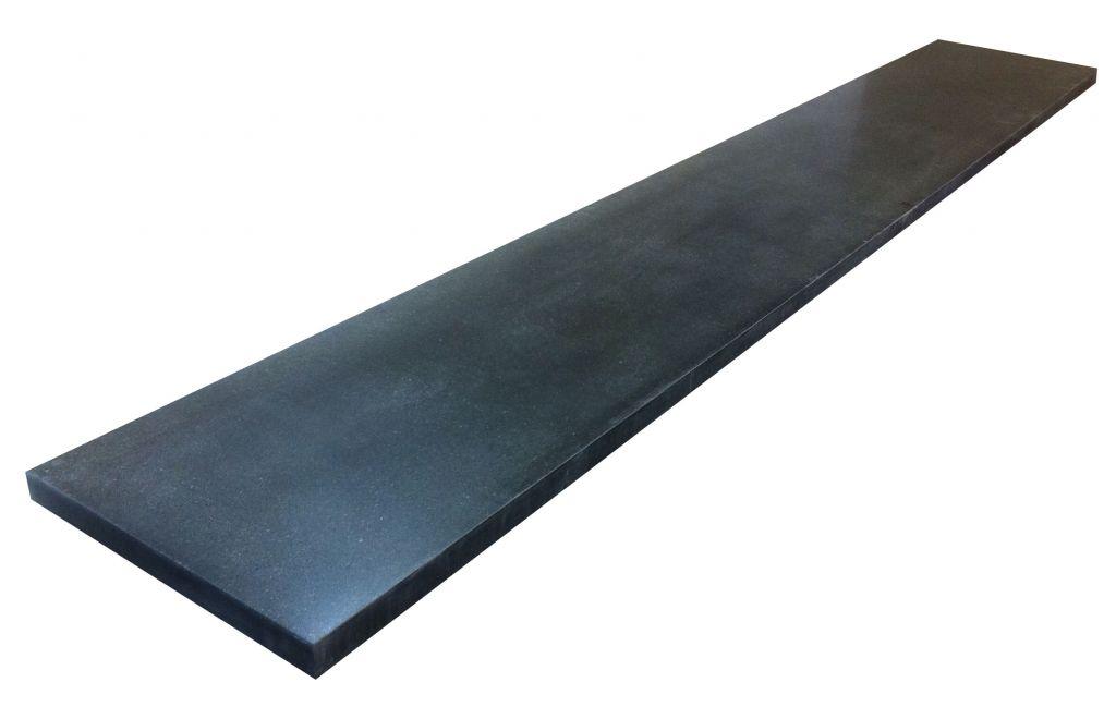 Барная стойка из кварцевого камня под бетон