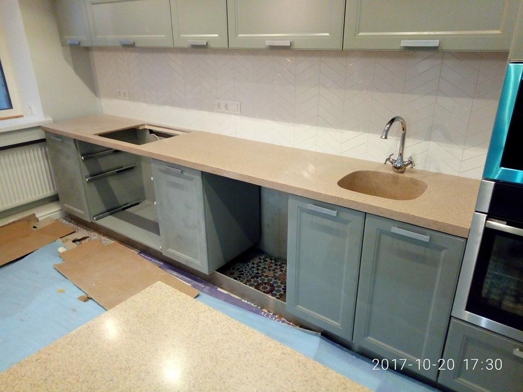 Кухонная столешница литьевой камень